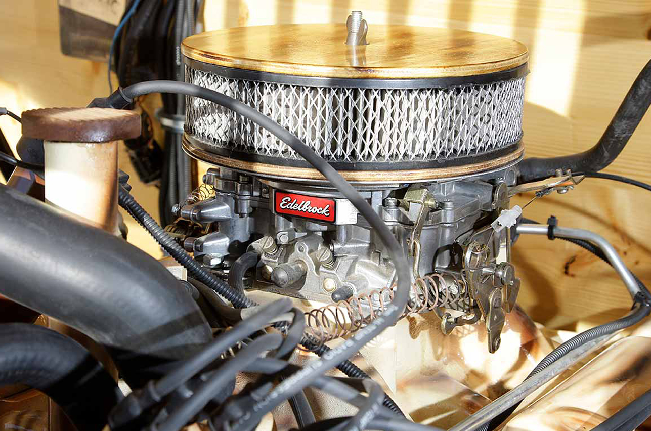 Motor Holzjeep