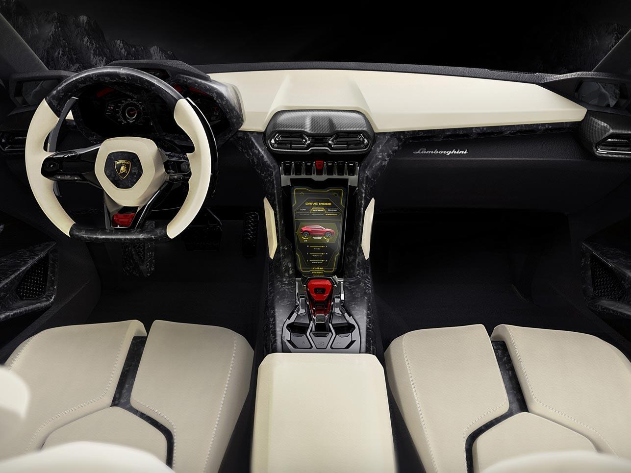 Cockpit des Lamborghini Urus