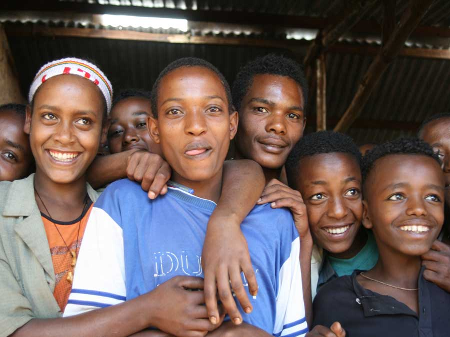 Etwa 6.500 Kleinbauern haben sich zusammengeschlossen. Und wenn es ihnen gut geht, dann geht es auch ihren Familien gut.