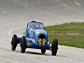 1934: Nervasport-Rekordwagen.