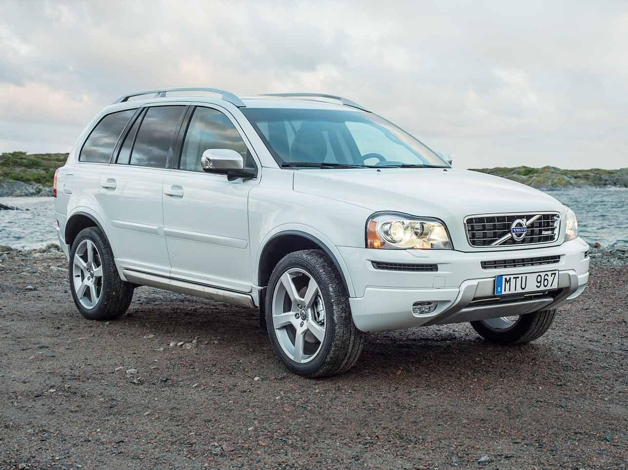 [h3]2002 – 2015, Volvo XC90[/h3] Auch die Schweden wollten am SUV-Boom teilhaben – und erhielten 2002 die Chance. Die Ingenieure schufen den Volvo XC90 und waren höchst erfolgreich: Das Auto wurde zwölf Jahre lang gebaut und knappe 640.000 mal verkauft.