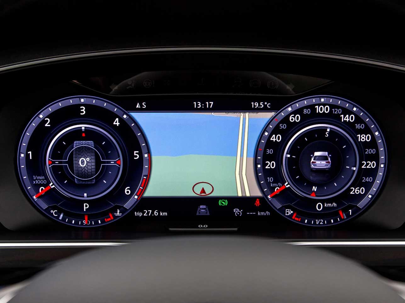 Den guten alten Tachometer sucht man im Tiguan vergeblich. Das Active Info Display lässt sich ganz nach Belieben des Fahrers einstellen.