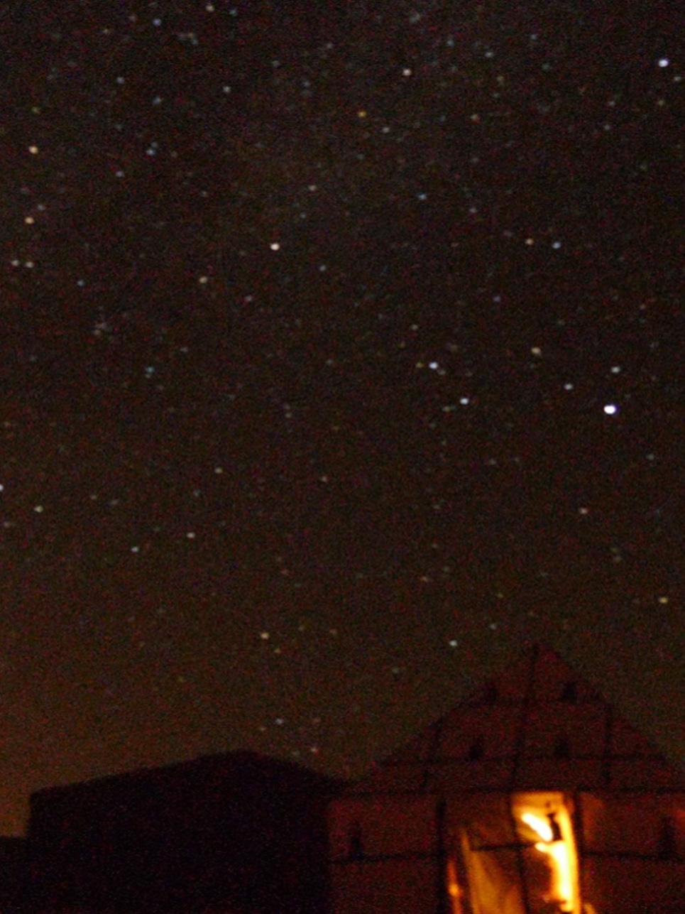 Erkenntnis des Tages: Willst du die Milchstraße und einen unglaublichen Sternenhimmel sehen, übernachte in der Wüste!